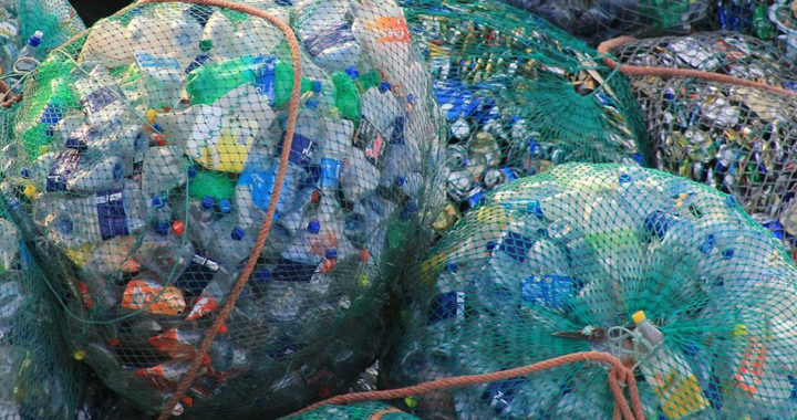 Plastic Pyrolysis Pros and Cons: Converting Plastics Into Energy